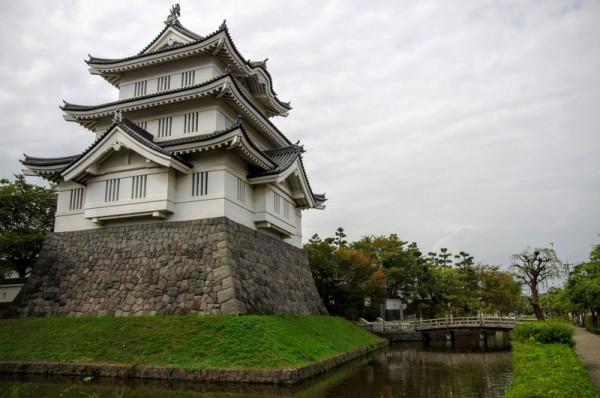 明治の廃藩置県で一度は解体されたが、昭和になって再建された
