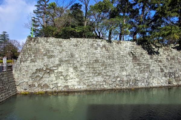 これらの石垣は現存で、積み方が異なっていた箇所があった