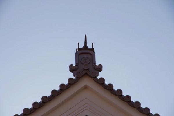 坤櫓の鬼瓦には葵御紋が付けられていた
