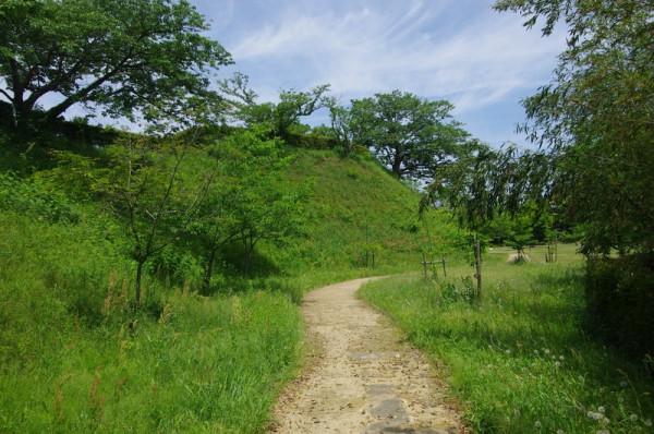 天守台北側にある北の丸から本丸南側を結ぶ通路のような細長い部分である