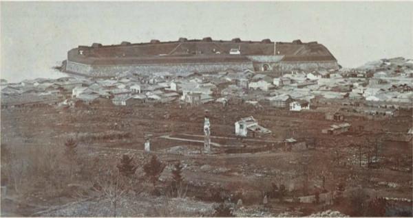 弁天岬に設けられ、24門の大砲が備えられた共和国側の拠点だった