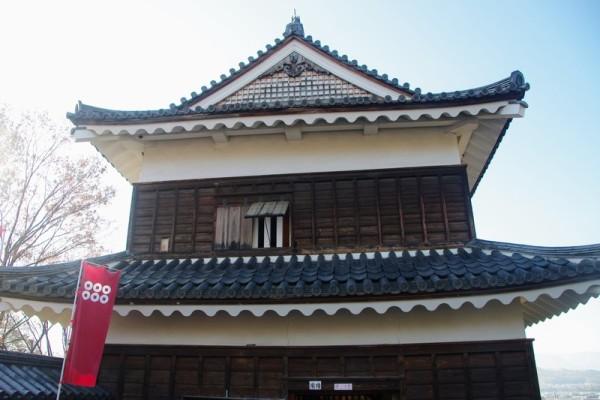 本丸には同型の二重櫓が全部で7棟建っていた