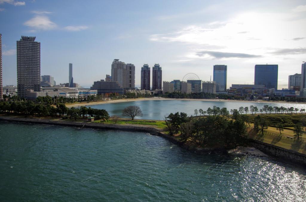 第三台場跡と連結して鳥の島と共に防波堤化することで、まるでお台場海浜公園側の内海が穏やかになるような演出