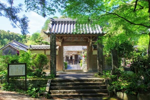 永正11(1514)年に創建された曹洞宗の寺院である