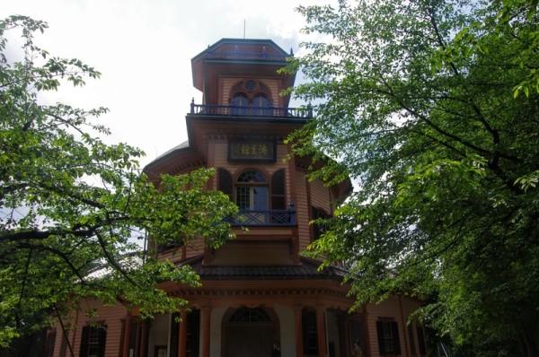 明治時代に設立された私立病院で、済生館と呼ばれた