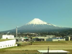 新幹線から見た富士山